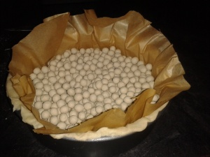 Blind Bake Pastry, with cooking beans