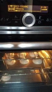 meringues oven set