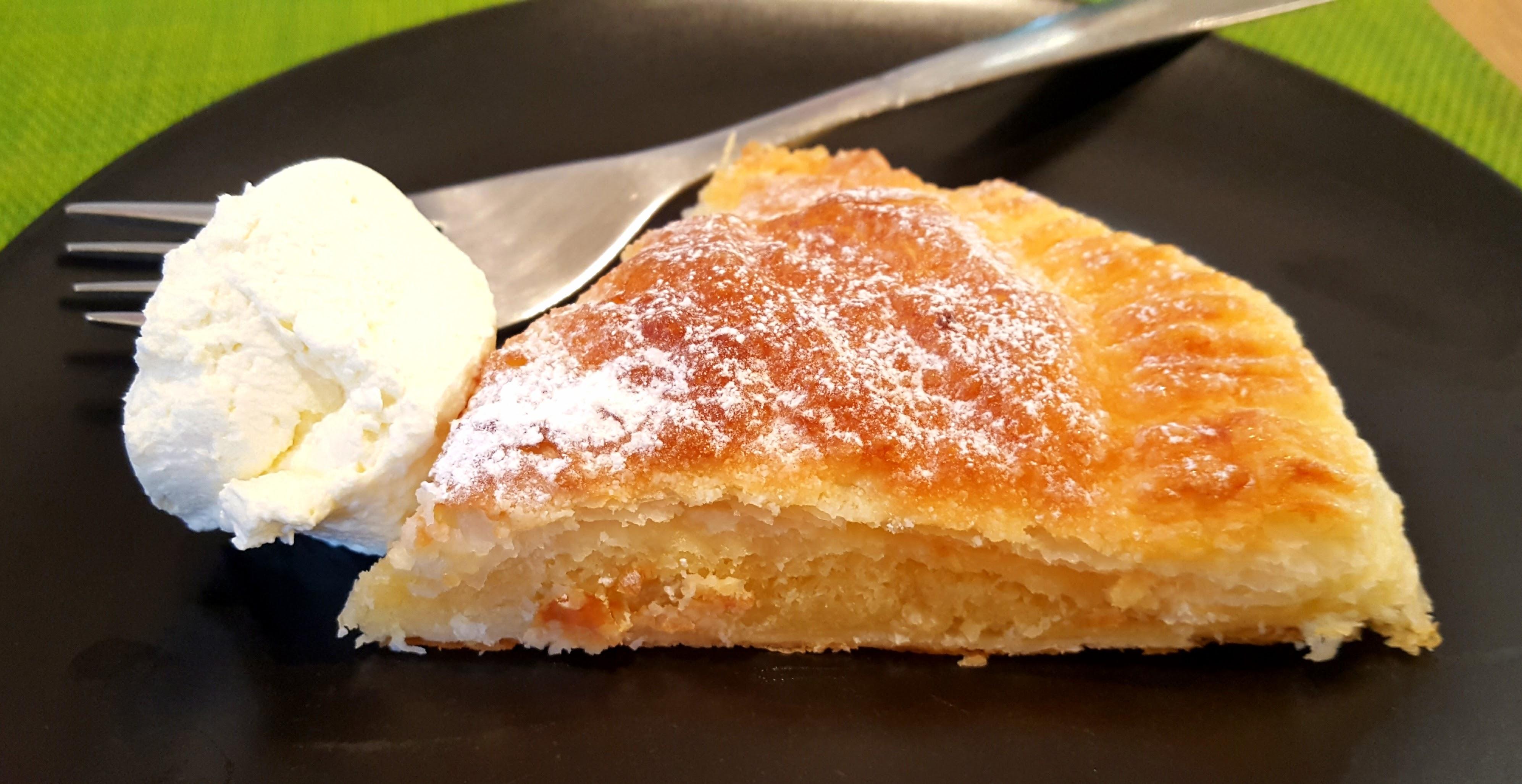 Almond Cake Recipe Jamie Oliver: Jamie Olivers 5 Ingredient Almond Puff